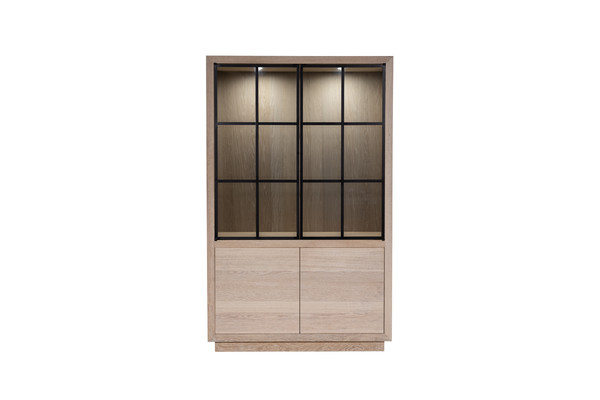 Cuarto - Display cabinet